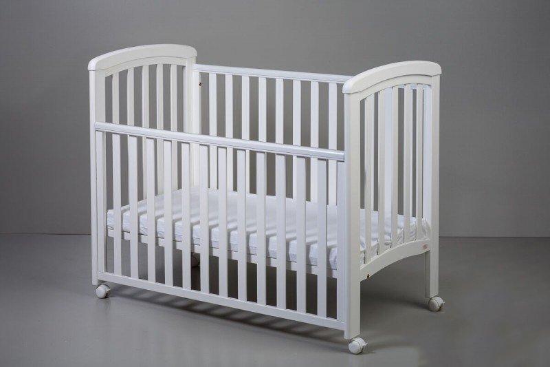Bērnu gulta ar nolaižamu sānu TROLL Nicole White COT-NC0273