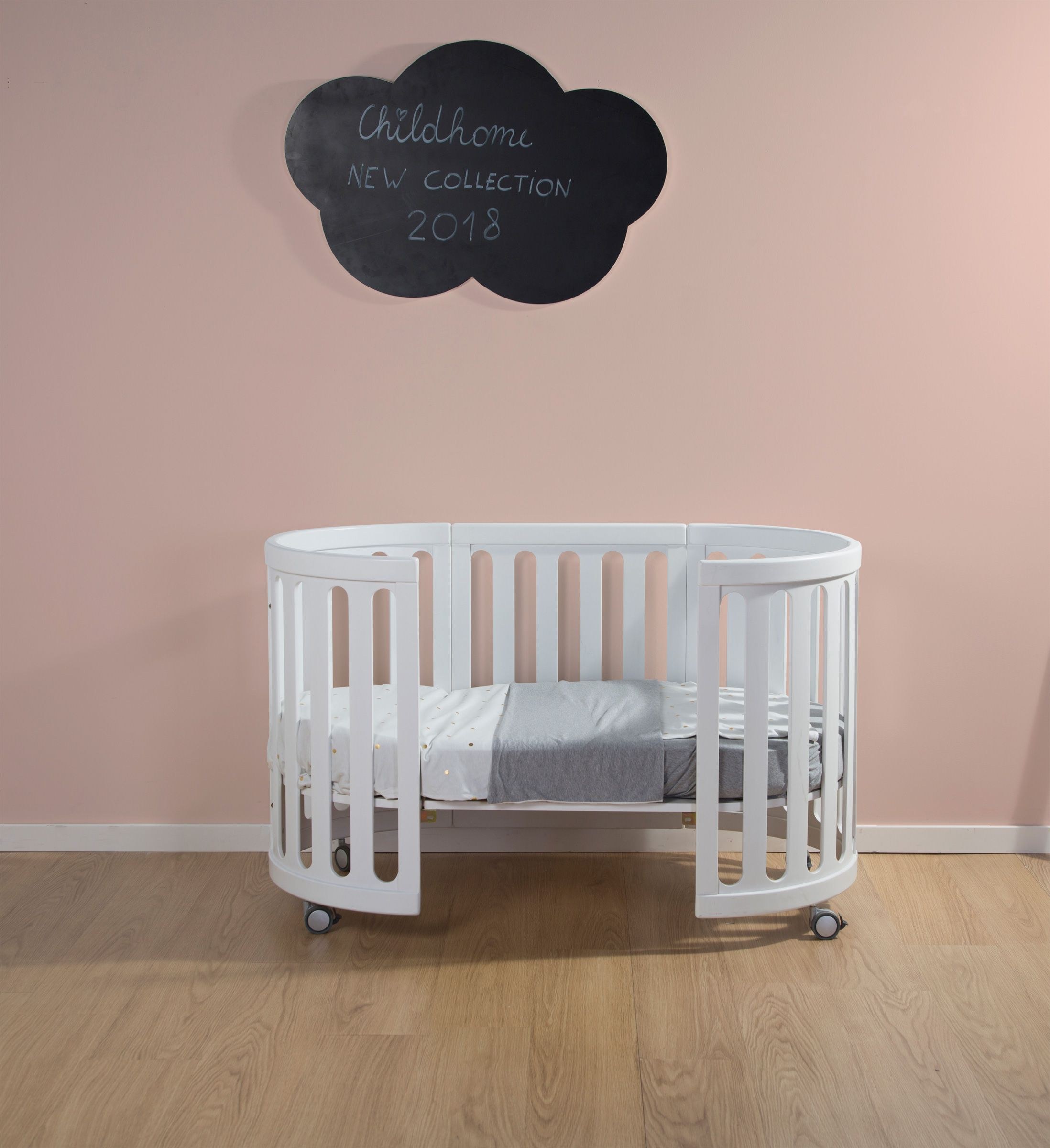Bērnu gulta-transformeris 4 in 1 CHILDHOME Oval Cot white + Matracis