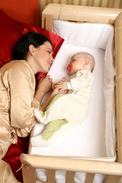 Bērnu šūpulis ar nolaižamu malu TROLL Bedside Natural SWC-BD0062