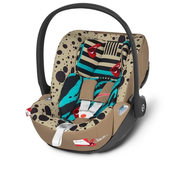 Cybex Cloud Z I-Size Karolina Kurkova One Love multicolor Bērnu autosēdeklis 0-13 kg