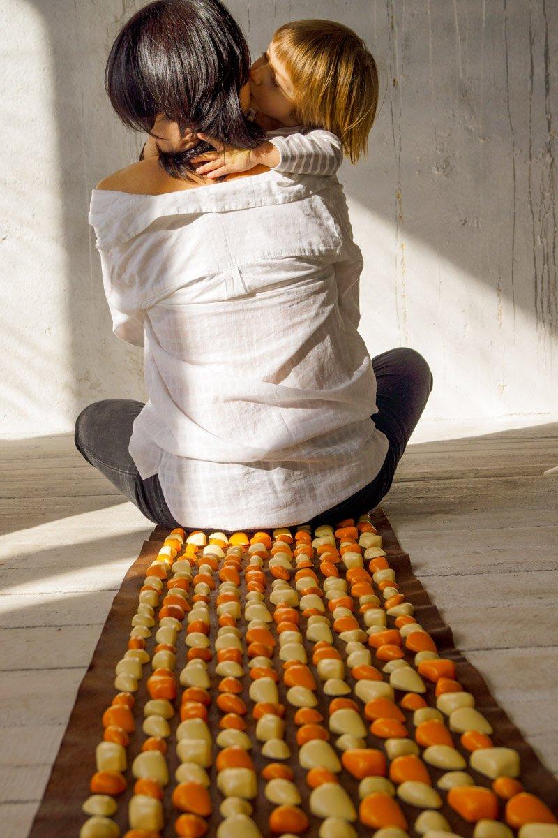Masāžas paklājiņš ar akmeņiem Igora DECO Lamor 140х40 cm Beige orange